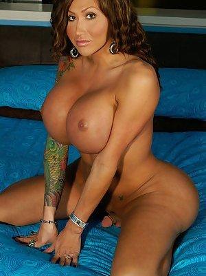 Big Tit Tranny Pics